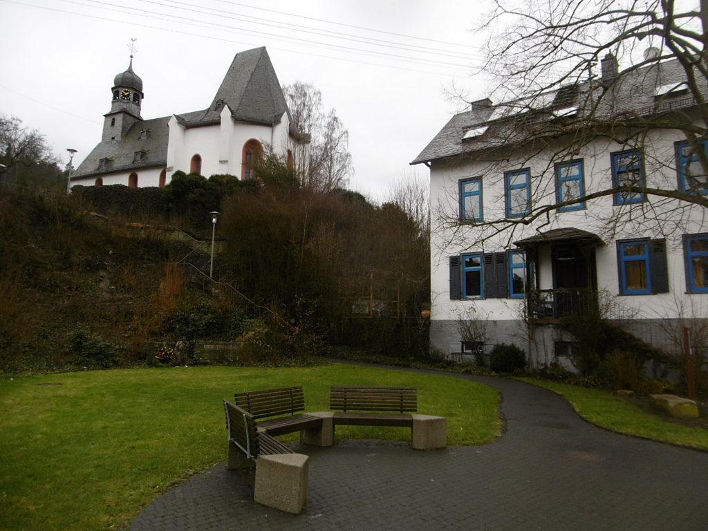 1-16-10c Von Oberauroff nach Niederauroff – Pedestrial